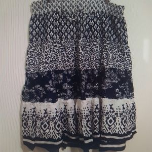 Women's Old Navy Boho navy and white skirt XL